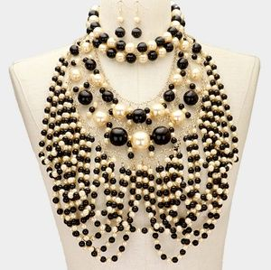 Jewelry - Cream and Black Layered Cluster Pearl Necklace Set